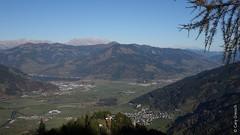 Aussicht vom 'Glocknerblick' - unten liegt Kaprun, weiter hinten Schttdorf mit dem Zeller See (2015-11-01 -12) (Cary Greisch) Tags: austria aut glocknerblick kaprun salzburg schttdorf zellersee