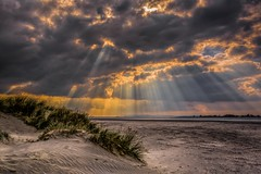 Kingdom of Heaven (James Waghorn) Tags: water autumn clouds beach sigma1750f28exdcoshsm d7100 sun sea westwittering sunrays heaven england ripples sand dunes