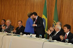 """Lideranças do PSD manifestam apoio a Dilma Rousseff • <a style=""""font-size:0.8em;"""" href=""""http://www.flickr.com/photos/60774784@N04/15098790344/"""" target=""""_blank"""">View on Flickr</a>"""