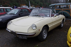 1970 Alfa Romeo Spider Veloce 1750 (1779cc) (Graham Woodward) Tags: alfaromeo brooklands2015newyearsdaygathering