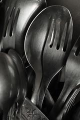 Zastawa stołowa (Alebar1) Tags: bw łyżka widelec