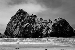 Beach + Rocks (amha) Tags: california vacation bw bigsur 2014 amhamogus
