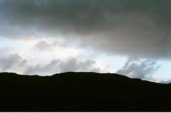 (a | e) Tags: trip travel winter sky mountain film nature silhouette 35mm landscape scotland highlands fuji superia 400 fujifilm analogue xtra filmphotography zuiko50mm landscapephotography olympusom1n