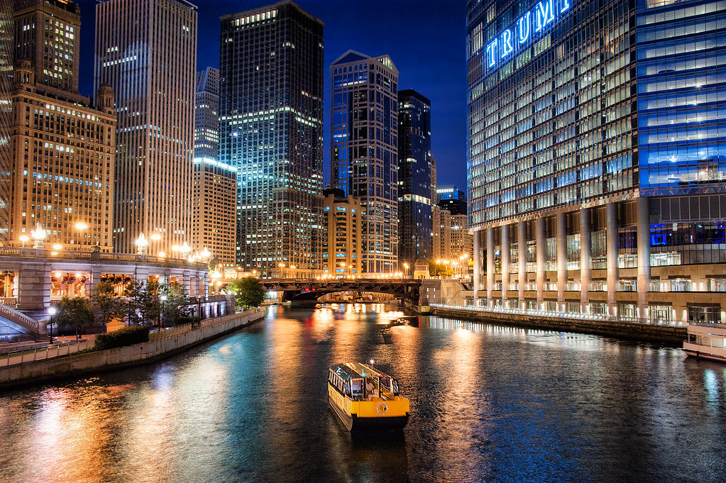A photo from a few months back on the Chicago River.  Hoping to take plenty more in 2015!