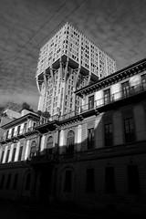 Torre Velasca (Vito Lobefaro - www.vitolobefaro.com) Tags: street people bw white black milan photography evening fly blackwhite downtown afternoon suspension milano crowd athlets arstist