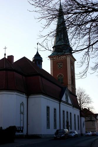 "St. Johannis Kirche Soltau 2015 • <a style=""font-size:0.8em;"" href=""http://www.flickr.com/photos/69570948@N04/16301177941/"" target=""_blank"">Auf Flickr ansehen</a>"