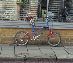 Moulton APB (Phoenix Cycles) Tags: bicycle apb moulton phoenixcycles moultonapb phoenixcyclesbattersea bikeshopbattersea dualdrive27