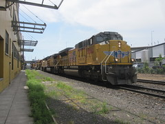 A northbound freight approaches Stark Street (Tysasi) Tags: street up oregon train portland east stark freight