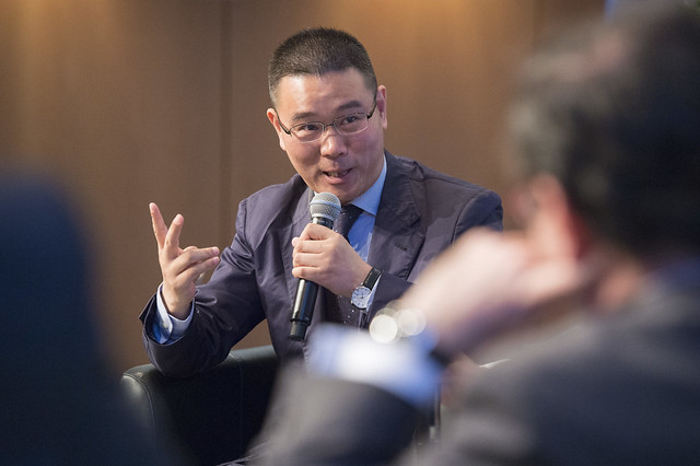 Jianmin Yu addresses urban freight delivery panel