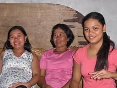Leah,ate Belen and Harlene (JUST THE PHILIPPINES) Tags: girl beautiful asian asia pretty lipa manila filipino batangas ate filipina garcia oriental kuya jeepney calapan dose valenton batino