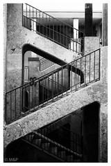 Lines (MNP[FR]) Tags: white black france les stairs alpes europe noir lyon samsung rhne et blanc vieux rousse croix escaliers pentes presqule nx1