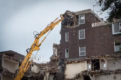 P1100542 (Conrad Blakemore Photography) Tags: destruction demolition komatsu rubble shear longreachexcavator hyelm