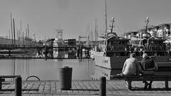 2 navires de guerre en pause.... (peu prsente...ailleurs !) Tags: port couple noiretblanc duo larochelle musemaritime naviresdeguerre