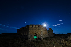 El Castillo de los Moros / The Moros' Castle (Santi Salinas) Tags: nightphotography alone nocturna nophotoshop oneshot