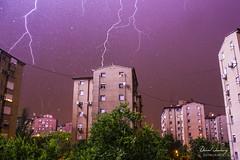 ME HE CAGAO (Daniel JG) Tags: madrid cloud storm building tree fall rain squall canon arbol eos fear drop tormenta rayo casas trueno raiden relampago hardrain 600d