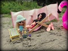 Summer (pe.kalina) Tags: doll blythe petite petshop beach holiday barbie matell raquelle dream house fashionistas