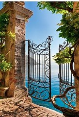 Gate entry onto Lake (seewhatyoumean) Tags: gate entry onto lake como lombardy italy
