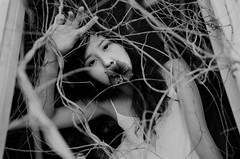 (moonowl7397) Tags: nikon fm3a 400vc film analog ps ruin girl 201608