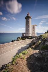 Phare du Petit Minou (MoSe75) Tags: bretagna francia xt1 landscape seascape sea natura paesaggio oceano faro lighthouse colors
