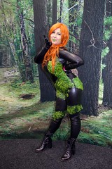 A Camouflaged Kiss (l plater) Tags: poisonivy dccomics 2016ozcomiccon cosplay