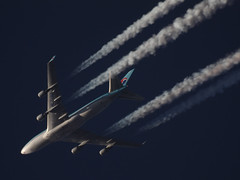 HL7499_2_1400_103014 (Sergey Kustov) Tags: cruise airplane contrail aircraft altitude air flight cargo korean boeing 747400 hl7499