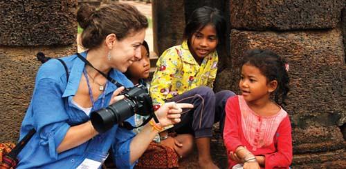 cambodia-local-kids-camera-799-1655-5392-1413600015