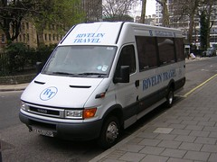 Rivelin Y745 UOP (quicksilver coaches) Tags: london sheffield daily crest millennium iveco hillsborough y745uop rivelintravel