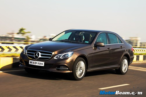 2015-Mercedes-E350-CDI-12