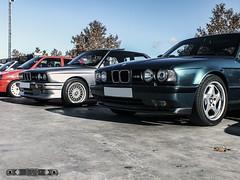 BMW M3 E30-2S '89 & BMW M5 E34S '94 (GonzaloFG) Tags: detail slr classic ford chevrolet car skyline honda spain italia nissan ferrari camaro mclaren enzo bmw gto jaguar mustang m3 ducati audi lamborghini rs m6 m5 challenge avant v8 rs2 spotting s2000 e30 nsx gallardo amg drifting rs4 typer gtr trackday murcielago etype quattro gt40 f40 r8 f12 rs6 v12 f50 nismo e46 r34 e36 clsico berlinetta superleggera 458 899 m3csl desmosedici panigale ftype 275gtb rs3 e92 worldcars circuitodeljarama stralade m235i