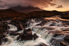 Cuillin (Antonio Carrillo (Ancalop)) Tags: longexposure sunset mountains skye rio river atardecer scotland highlands soft isleofskye escocia 09 lee antonio 1740mm carrillo montaas density neutral cuillin sligachan gradual canon1740mmf4l neutra gnd densidad glensligachan scosse canon5dmarkii ancalop lucroit leesoft09gnd