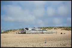 Paal17 III (xlod) Tags: sky cloud holland beach netherlands strand restaurant dune himmel wolke texel dne niederlande paal17