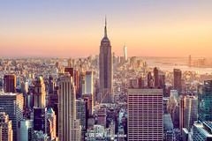 Manhattan (Uri Gin) Tags: new york city sunset usa building sol apple rock atardecer avenida us big state manzana top manhattan united empire gran fujifilm states rockefeller quinta avenue puesta 5th nueva fifth estados xseries unidos 5 xt1