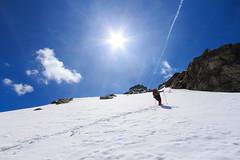 Su Verso il Sole (Roveclimb) Tags: schnee mountain snow alps trekking hiking adventure neve mountaineering alpinismo pendenza alpi montagna slope alpinism drogo valchiavenna avventura escursionismo vho prestone lirone cimaganda vallesangiacomo alpigia passodellalpigia valdigiuust valletarda