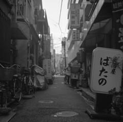 160430_ZenzaBronicaS2_007 (Matsui Hiroyuki) Tags: fujifilmneopan100acros zenzabronicas2 nikonnikkorp75mmf28 epsongtx8203200dpi
