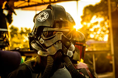 Tie fighter pilot (tibchris) Tags: starwars tiefighterpilot tiefighter sunset portrait character sonomahotairbaloonfestival sunflare