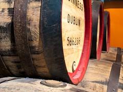 IMG_0061-2 (MarcoLis) Tags: ireland dublin beer canon hand mani guinness birra viaggi viaggio dublino irlanda specchio malt malto