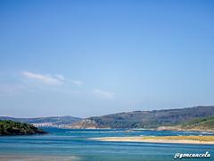 Cabana-2 (Gon Cancela) Tags: blanco beach playa paisaje galicia cabana monte mirador bergantiños