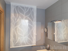 "Cortinas para baño. Estor paqueto • <a style=""font-size:0.8em;"" href=""http://www.flickr.com/photos/67662386@N08/15653025985/"" target=""_blank"">View on Flickr</a>"