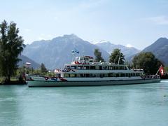 MS Jungfrau, Interlaken Ost 28 June 2005 (BaggieWeave) Tags: lake switzerland ship swiss luzern ms lucerne interlaken jungfrau lakeluzern lakelucerne paddlesteamer vierwaldstattersee lakebrienz swisslake swisslakes