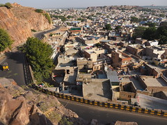 Jodhpur Old Town Blue City Fort Road Strae Rajasthan India (c) (hn.) Tags: road street copyright india asia asien heiconeumeyer indian guardrail altstadt oldtown indien oldcity striped jhodpur rajasthan jodhpur crashbarrier southasia copyrighted 2014 in bluecity gestreift northindia gelbschwarz jodpur leitplanke yellowblack indisch fortroad umaidbhavanpalace strase umaidbhawanpalace umaidbhavan umaidbhawan nordindien sdasien schutzplanke guardingrail fortrd umaidbhavanpalast tp201415 hotelumaidbhawan hotelumaidbhawanpalace seenfromrockssthofjaswantthada