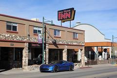 Old Town Cottonwood (twm1340) Tags: street inn stingray main az cottonwood corvette oldtown ironhorse otc 2015