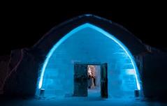 ishotellet / ice hotel / Eishotel (explore) (geo_rie) Tags: art ice night canon is sweden schweden lappland noflash lapland sverige eis kiruna icehotel 1022 jukkasjärvi eisskulptur 50d eishotel ishotellet ishotel
