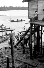 Bocas de Satinga 03 (Nick_Fisher) Tags: river colombia nick canoe jungle fisher 1978 nikkormat bocas nariño satinga