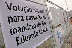 Manifestao Fora Cunha (adelaidephotos) Tags: brazil rio brasil riodejaneiro democracy political protest demonstration posters poltica cartazes corrupt corruption corrupo manifestao democracia praiadecopacabana copacabanabeach corrupto eduardocunha mariaadelaidesilva foracunha