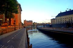 Ways. (Papa Razzi1) Tags: water sweden stockholm oldtown ways waterways 2016 7164 134365