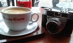 Coffe Stop (cycle.nut66) Tags: auto camera classic film window shop table cafe kodak samsung mini semi galaxy automatic bella coffe s3 1961 retinette schneider kreuznach iia 4528 reomar