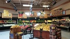 Farm Fresh Produce Alcove (Retail Retell) Tags: kroger grocery store s perkins east memphis tn former schnucks seessels albertsons industrial circus decor shelby county retail
