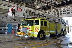 Chicago Fire Department Tower 63 (nick123n) Tags: chicago fire department 573 571 emergency services ord ohare airport arff rescue 1 station truck rig fuel engine cfd city
