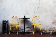 Smokers lounge (JayPiDee) Tags: stilleben stuhl templin tisch chair sedia stilllife table brandenburg deutschland