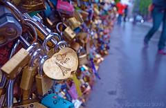 i love Paris (PheCrew) Tags: paris love ponte amore parigi innamorati lucchetto soken phecrew